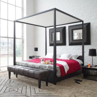 Betten / Liegen